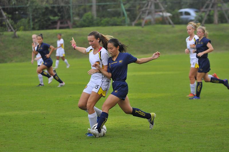 Soccer+teams+faced+tough+oppositions