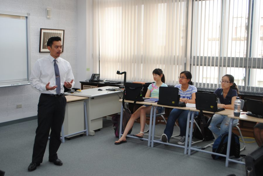 Mr Villanueva, co-founder of Best Delegate, engaged with students during an International Relations class.