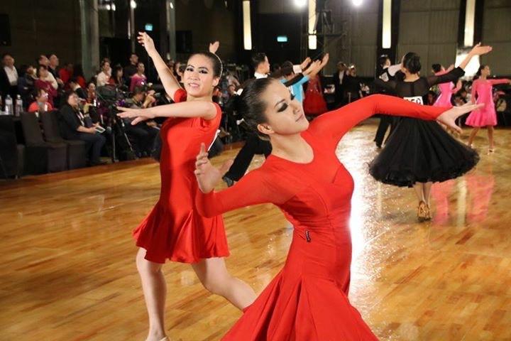 Yvonne+H.+%2811%29%3A+Ballroom+Dancing