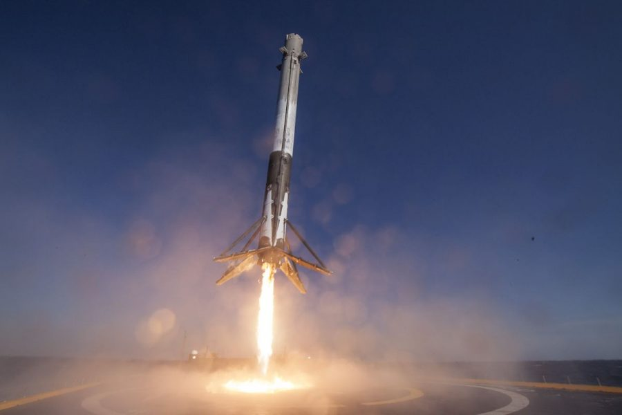 A+SpaceX+odyssey%3A+the+Martian+colony+starter+pack