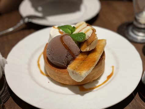 Featuring Hoshino Coffee's seasonal fluffy souffle-style pancake with bananas. [KATHERINE MA/THE BLUE & GOLD]