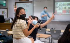 Students in Dr. Hsu's junior advisory play fun games together. [ANNIE HUANG/THE BLUE & GOLD]